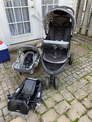 Baby Trend Stroller and Car Seat Combo for Sale in Manassas Park, VA