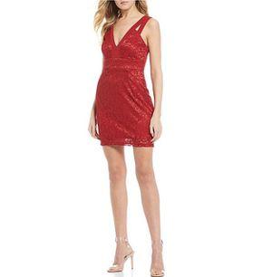 Xtraordinary Sleeveless Plunge V-Neck Glitter Lace Sheath Dress, Size 9 for Sale in El Mirage, AZ