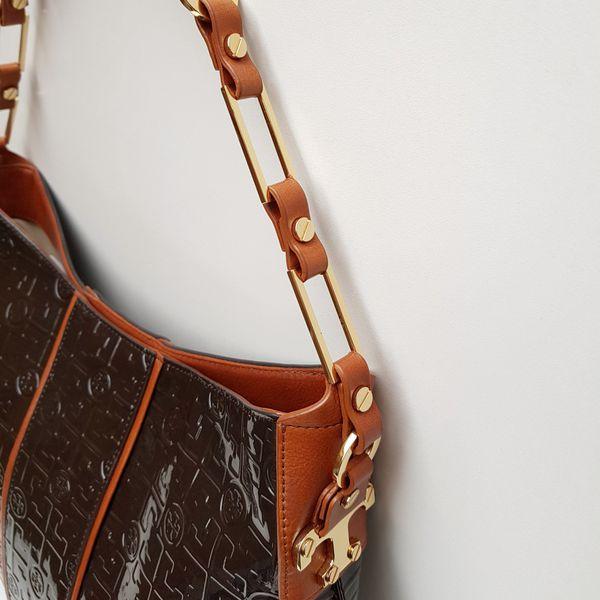 Beautiful Tory Burch Hobo Bag. Real leather.