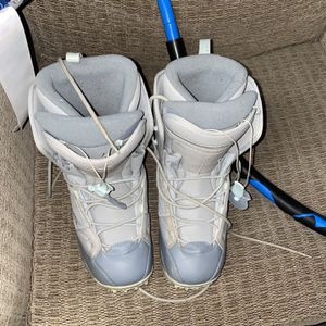 Salomon Snowboard Boots Size 10 for Sale in Huntington Beach, CA