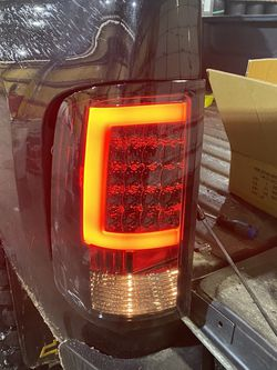 2010 GMC Sierra Taillights for Sale in Bridgeview,  IL