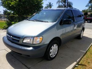 2000 TOYOTA SIENNA for Sale in Downey, CA
