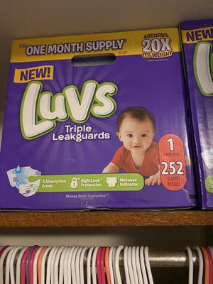 Luvs size 1 diapers for Sale in Lakemoor, IL