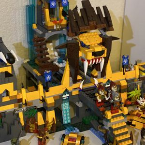 Lego Chima Lion Temple, Lego Pieces, See Description, Lego Star Wars, Moc Best Offer for Sale in Henderson, NV