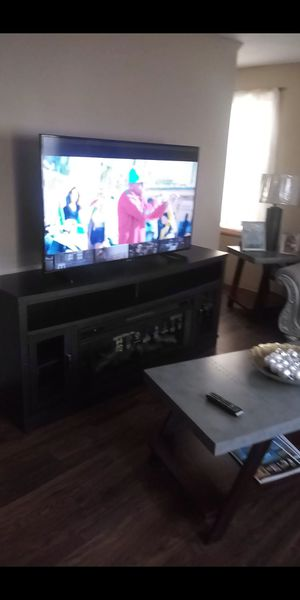 Samsung smat tv 55 inch for Sale in Springfield, MA