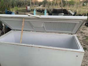 GE deep freezer for Sale in Lake Wales, FL