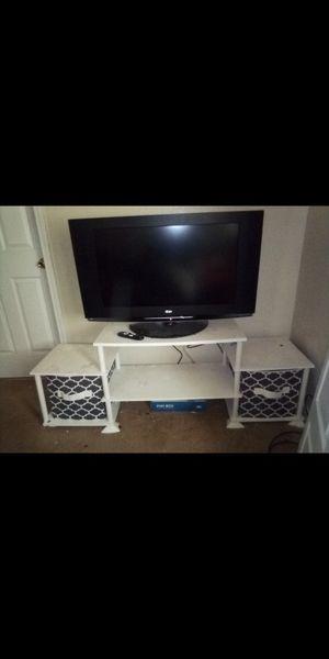 LG flat screen TV 40 inch for Sale in Wichita, KS