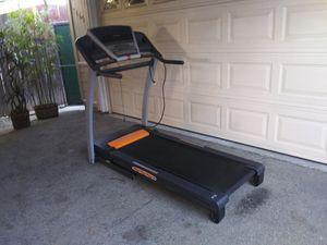 Treadmill 10 mph 10 % incline for Sale in Los Angeles, CA