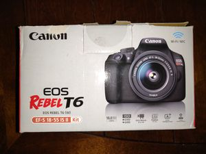 Digital Camera Canon T6 bundle like new for Sale in Lewisville, TX