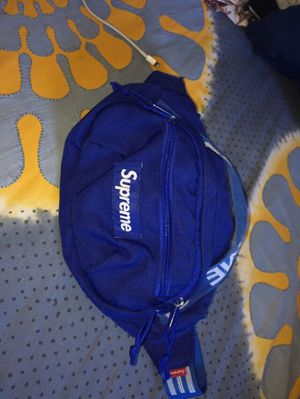 SUPREME WAISTBAG (SS18) for Sale in Brooklyn, NY