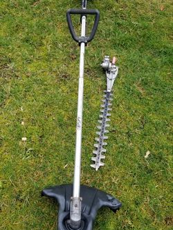 ECHO Straight shaft Weedeater With Attachment for Sale in Everett,  WA