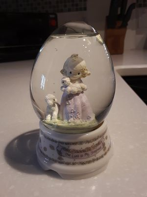 "Precious Moments snow globe, ""The Lord is My Shepherd "" for Sale in Mesa, AZ"