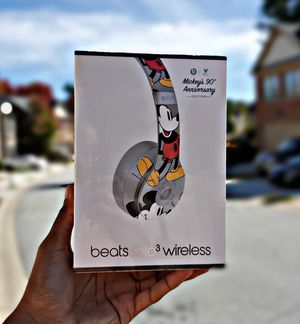 Beats Solo³ Wireless (Mickey Mouse) for Sale in Atlanta, GA