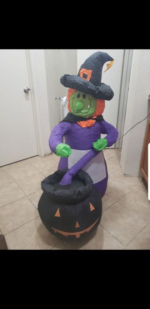 Inflatable witch a little over 4ft for Sale in Lathrop, CA