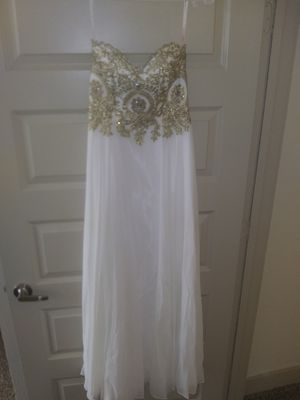 Formal ballroom dress Dancing Queen USA for Quince or prom for Sale in San Antonio, TX
