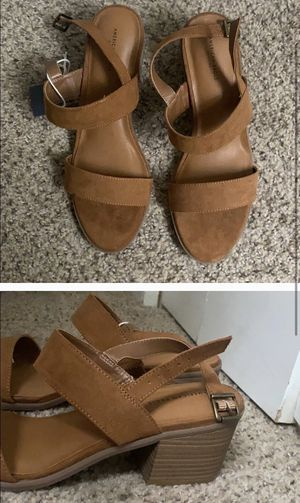 *tags still on* American Eagle brown sandal heels for Sale in Henderson, CO