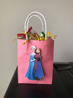 Frozen Birthday Party Favor Bags- Elsa & Anna $2 for Sale in Clarksburg, MD