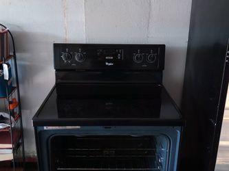 Whirlpool Stove/G E Refrigerator for Sale in Chesapeake,  VA