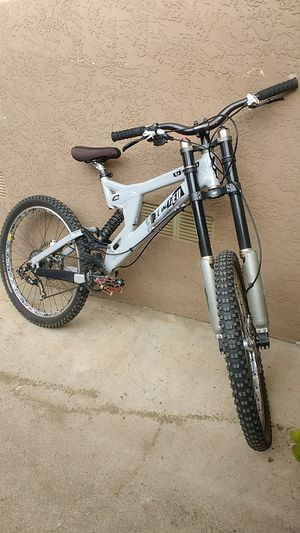 2009 specialized downhill bike for Sale in La Mesa, CA