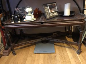 Antique coffee table with fitted glass trays. for Sale in San Diego, CA