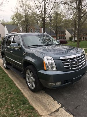 2008 CADILLAC ESCALADE 2TVS!!BACKUP CAMERA!!NAVI!! for Sale in Germantown, MD