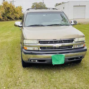 2003 Chevrolet Suburban for Sale in Rockford, IL
