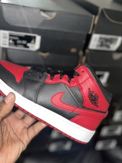 Air Jordan 1 Mid GS Banned Size 4Y LIMITED 100% Authentic for Sale in New Castle,  DE