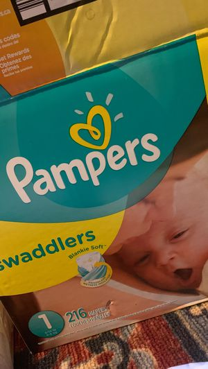 Diapers size 1 Pampers for Sale in Los Angeles, CA