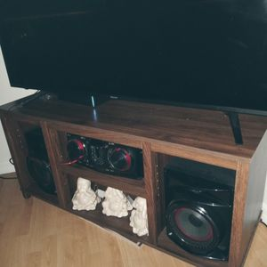 New TV Stand for Sale in Cape Coral, FL