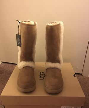 100% Authentic Brand New in Box UGG Sundance Waterproof suede Boots / Women size 7 for Sale in Walnut Creek, CA