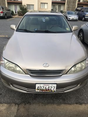 Lexus 2001 for Sale in Cheverly, MD