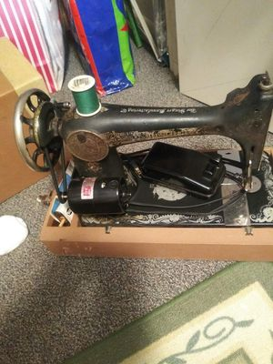 1929 singer sewing machine for Sale in Lawrenceburg, TN