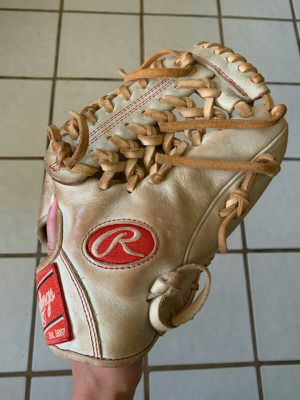 Rawlings Heart of the Hide Glove for Sale in San Diego, CA