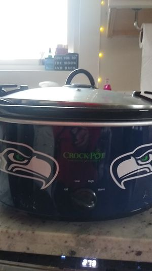 Seahawks Crockpot. Brand new. for Sale in Puyallup, WA