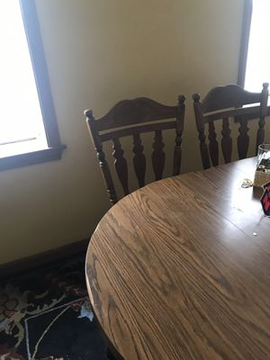 Dining room table and 6 chairs for Sale in Boston, MA