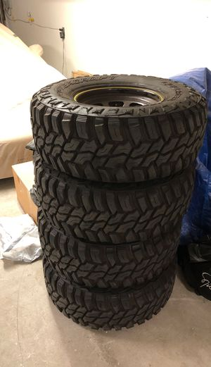 02 FORD RANGER RIMS AND OVERSIZED TIRES - ALMOST NEW for Sale in San Francisco, CA