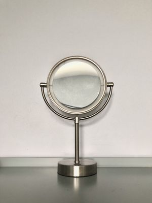 Vanity Makeup Mirror for Sale in Libertyville, IL