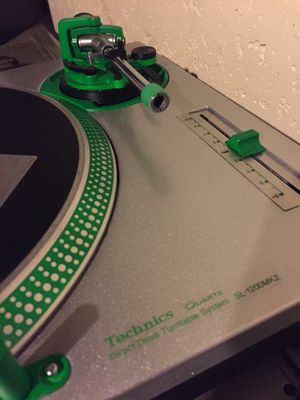 Custom technics 1200mkll for Sale in Waterbury, CT