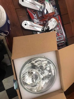 Harley Davidson factory headlight for Sale in Milton, FL