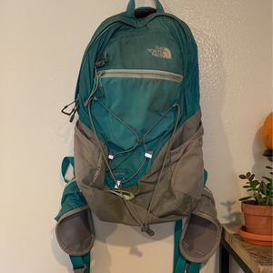 Northface Angstrom 20 Backpack for Sale in Seattle, WA