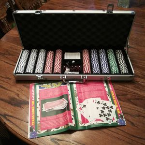 500 Clay Poker Chips 11.5 g for Sale in Tacoma, WA