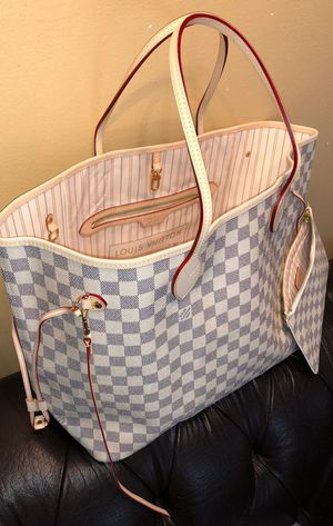 LV neverfull tote for Sale in New Haven, CT