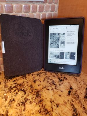 Amazon Kindle Paperwhite 2GB, Wi-Fi, 6in for Sale in Cardiff, CA