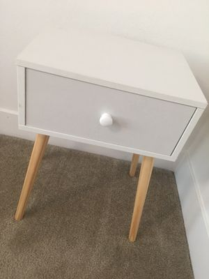 Small table with drawer/nightstand for Sale in San Diego, CA