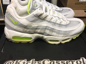 Air Max '95 White Volt Sz 9.5 Mystery Box Steal! for Sale in Indianapolis,  IN