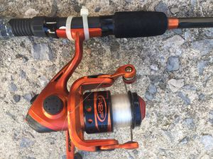 RF2 fishing rod and reel for Sale in Queens, NY