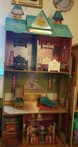 Disney 4 ft frozen castle dollhouse for Sale in Sioux Falls, SD