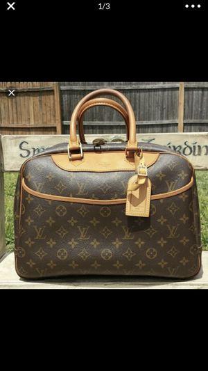 Louis Vuitton bag. for Sale in Lynn, MA