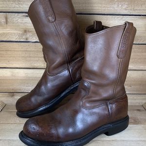 Red wing Work boots Size 11 D for Sale in Dallas, TX