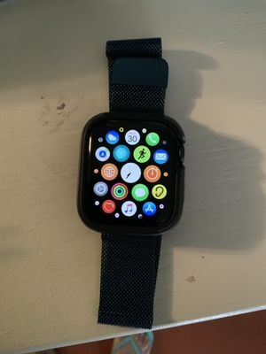 Apple Watch 5th gen 44mm for Sale in Green Valley, AZ